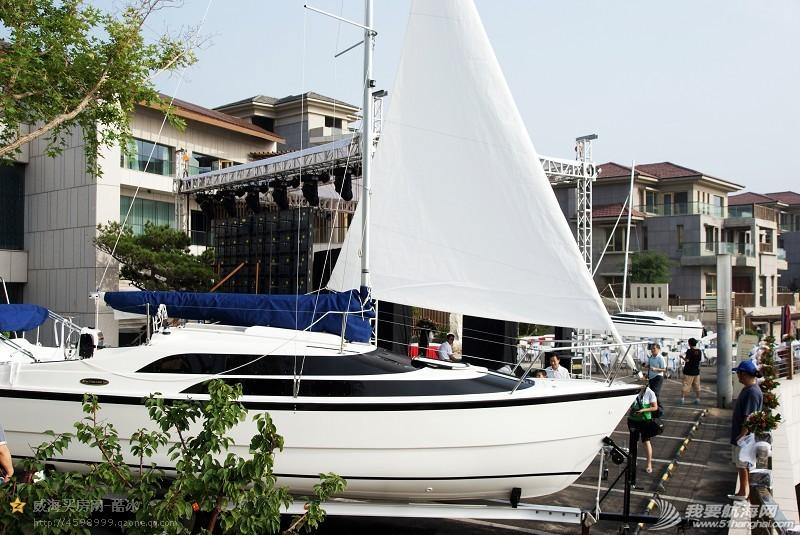 美国,便宜,帆船,进口 低价出售美国原装全新机帆两用帆船美贵格MacGregor26 28.jpg