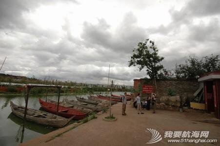 日用百货,土特产,护城河,龙舟,海口 滇船记 1---看到老木船了! 3.jpg