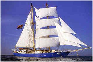 日本仿古帆船-『海星號』 将首航台灣 1.jpg