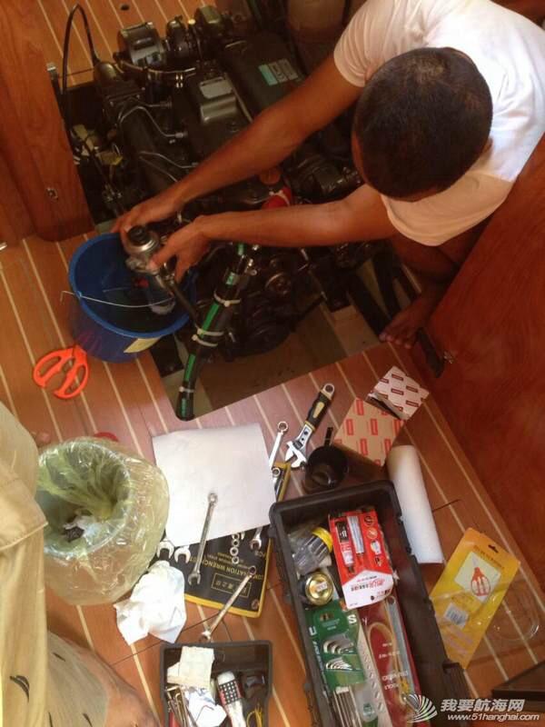 远航挑战真正的难处不是航行本身,而是前期繁琐的准备和计划。 071858js5u4s06p63yuhyl.jpg