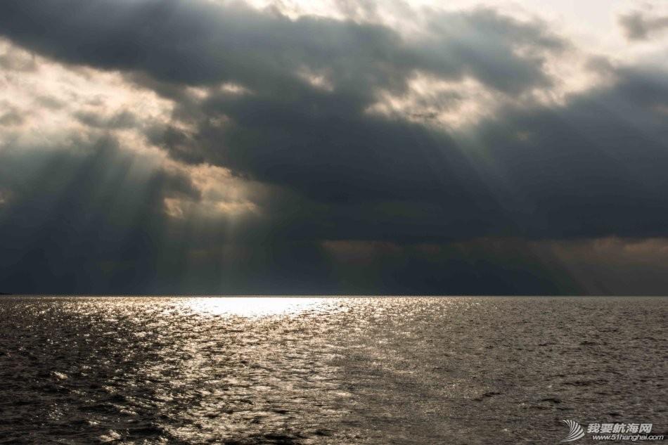 电子设备,方向盘,天气,老公,白云 海上的天气真是说变就变 7.jpg