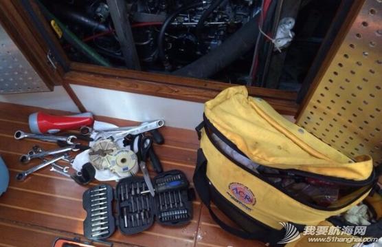 海水淡化,突发事件,发电机,蓄电池,交流电 航海过程中的有惊无险,意外,突发事件二----我们的发电机罢工了! 1.png