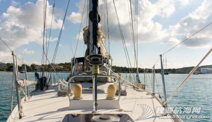 橡皮艇,天气,帆船,阳光,白云 今天阳光灿烂,有好几条帆船来来往往,感觉大家还在尽情地享受航海的乐趣! 2.png