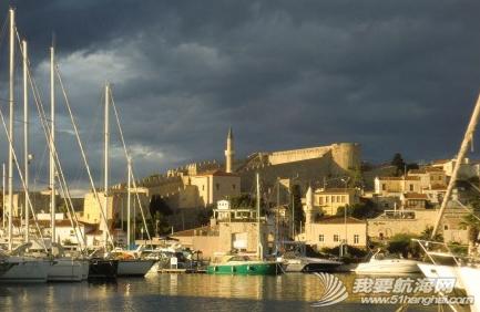 土耳其,照片,朋友,餐厅 发几张土耳其海港照片吧,看,我们总是被游艇包围着。 9.png