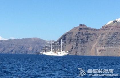 火山爆发,火山灰,火山口,火山岩,启航 9月3日,一早启航,前往著名的圣托里尼。 7.png