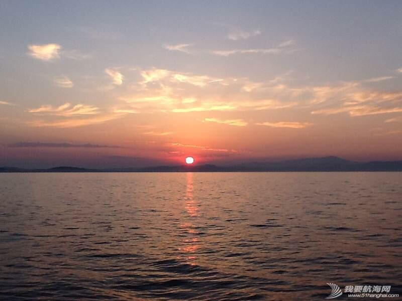 爱琴海上的日出 061219twjjmbmm5m0embem.jpg