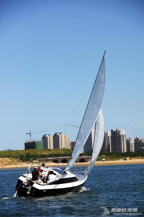 帆船,玩具 玩儿帆船需要有多少钱?帆船不是土豪们的玩具。 hei2.jpg