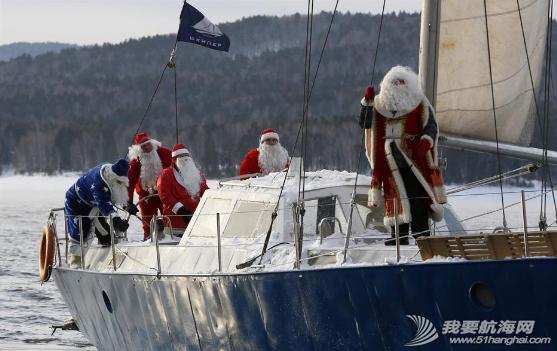 """圣诞老人,俄罗斯,俱乐部,克拉斯,摄氏度 俄""""圣诞老人""""零下18度乘帆船出游 1.png"""