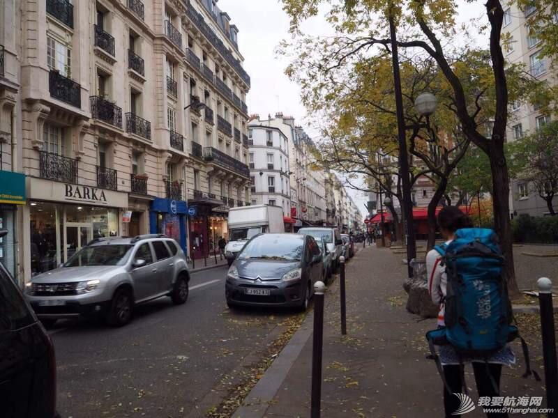 来到了梦想之城巴黎,这里对我们来说太陌生,明天充满未知。 201235lw3x3lwwlgpzs4ib.jpg