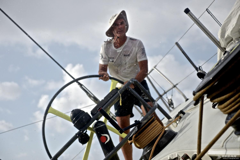 阿布扎比,沃尔沃,印度洋,拉锯战,中国 百花齐放的第二赛段:六只船队轮番领先