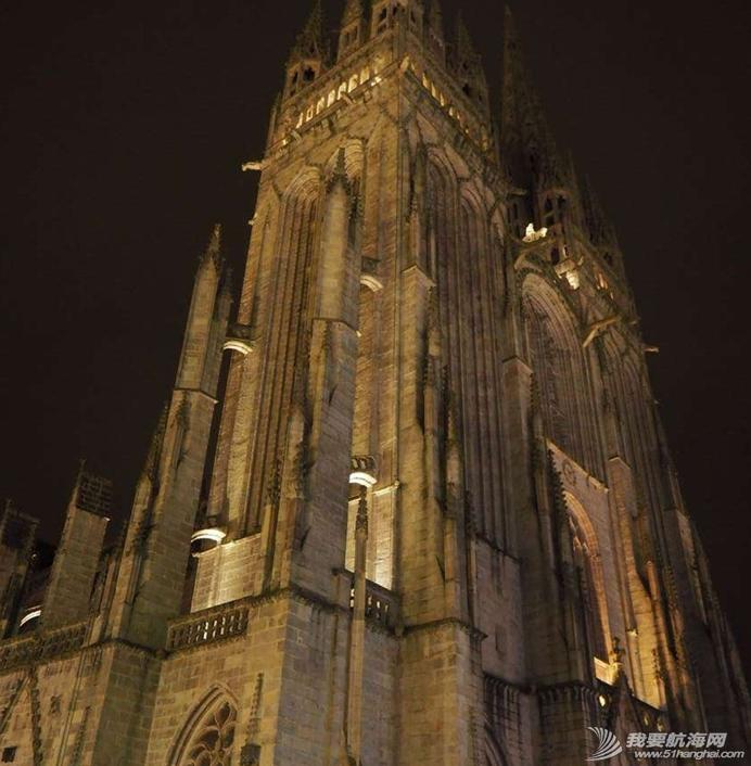 埃菲尔铁塔,法国街头,突如其来,暴风雨,大使馆 只为一个梦想-徐京坤携爱妻阿九踏上法国的梦想之路,购买跨洋赛船mini top tip 6.5