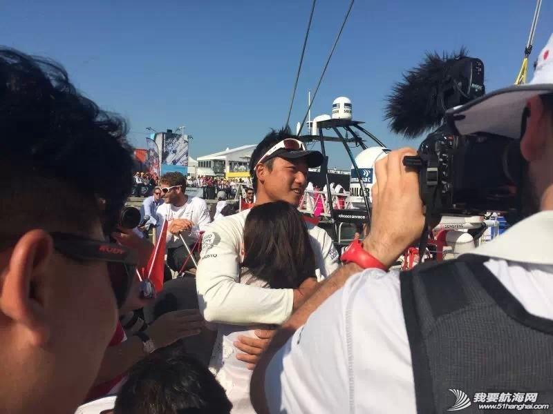 沃尔沃环球帆船赛,中国船员,陈锦 参加沃尔沃环球帆船赛两个赛段的中国船员陈锦浩在赛后与大家分享一路来的收获与感动。 0.jpg