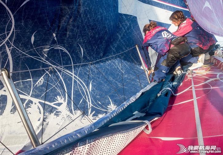 沃尔沃,阿布扎比,波斯湾,竞争力,萨曼莎 沃尔沃帆船赛爱生雅号帆船上的姑娘们努力寻找提升能力的最佳方案 6c7c5639jw1enh7co5dtbj20k60e3jyq.jpg