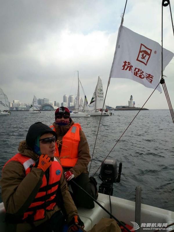 青岛新年帆赛实录 172207x43wpfbq428zv4e8.jpg