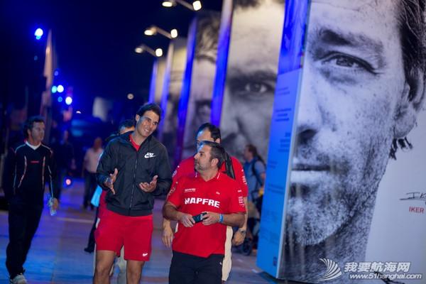 西班牙,阿布扎比,沃尔沃,新浪微博,阿联酋 网球运动员红土之王纳达尔拜访曼福号
