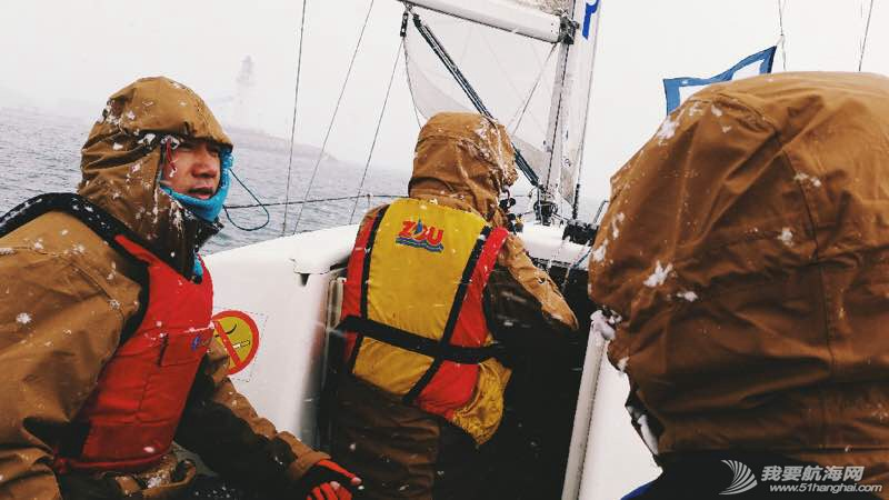 风雪帆赛视频:中国最艰苦的一场帆赛 102910yx7j3ckceke6jhfe.jpg