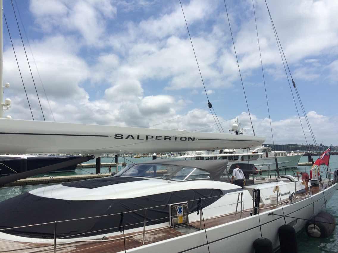 新西兰,合恩角,奥克兰,小两口,美国 1月8日,刚耀带高民船长去找Salperton号船长,他们马上就要出发过合恩角. 1073490166.jpg