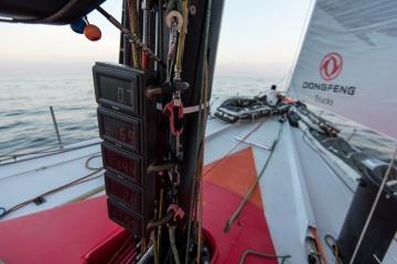 马六甲海峡,沃尔沃,奥克斯,电子版,领航员 马六甲海峡,所有船队都在全力而为,争取拿下这一兵家必争之地。 4.jpg