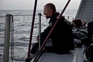 马六甲海峡,斯里兰卡,沃尔沃,阿布扎比,天气 沃尔沃环球帆船赛第三赛段航行过半,各船队竞争激烈,东风队突发器材问题。 6.jpg