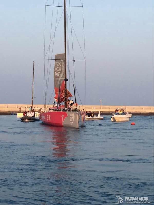 沃尔沃环球帆船赛东风队回家,第一个冲线! 082025bezokkvozi0levzk.jpg
