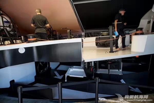 沃尔沃,阿布扎比,工作人员,平板电脑,电视机 带你玩转三亚站赛事村——第二站【沃尔沃Ocean 65帆船横截面展示】