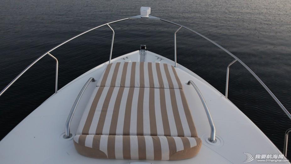 拉尔森,美国,进口 美国进口游艇拉尔森CABRIO 315,现船销售 slide_14.jpg