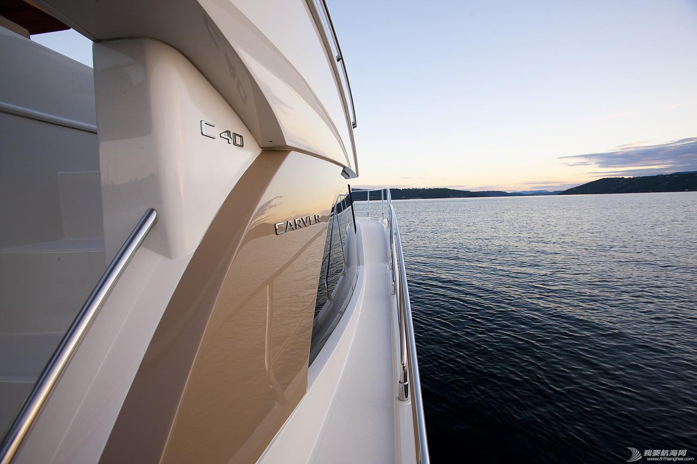 美国,进口,美好时光,发动机,卫生间 亚洲首发,仅此一艘,美国进口豪华游艇卡福CARVER 40,现船销售。 Carver40_Lifestyle6.jpg