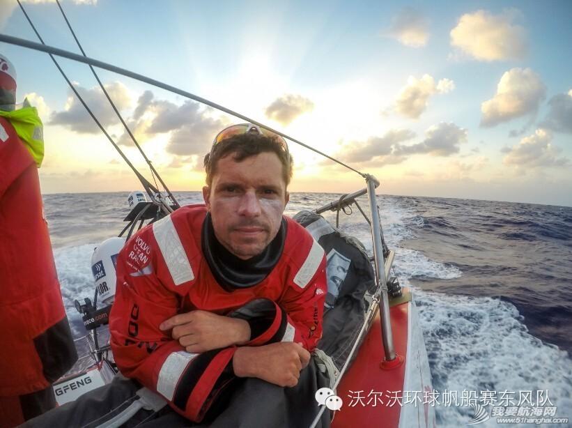 太平洋,阿布扎比,沃尔沃,解决方案,工程师 24小时河东,24小时河西——残酷太平洋之夜