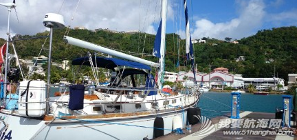 新年礼物,加勒比,路易港,无为,技师 前帆支索从桅杆顶部脱落,锁扣断掉,这也算是新年礼物吧! 1.png
