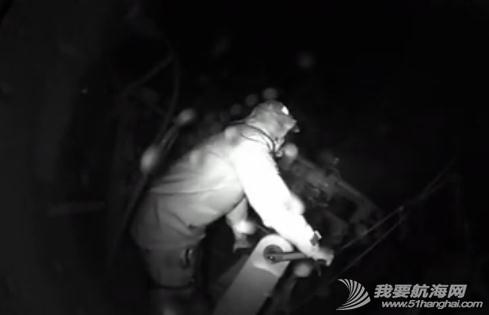 阿布扎比,太平洋,记录 【视频】黑夜里的一声巨响,东风号J1升降索固定锁扣崩裂全纪录 5.jpg