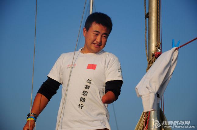 改变命运,幼儿园,运动会,科学家,徐妈妈 独臂航海英雄徐京坤与帆船的故事 4.png