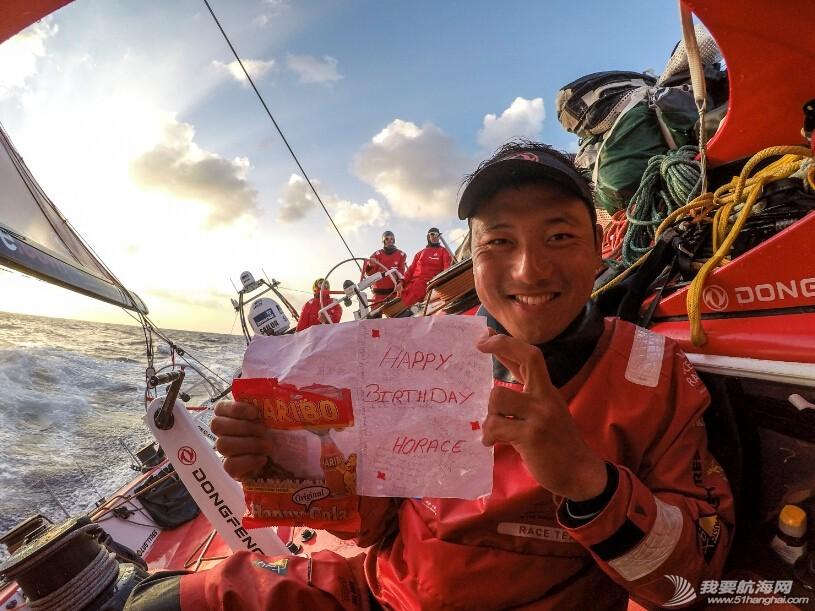 马六甲海峡,阿布扎比,太平洋,菲律宾,中国南海 20天航行,20个故事