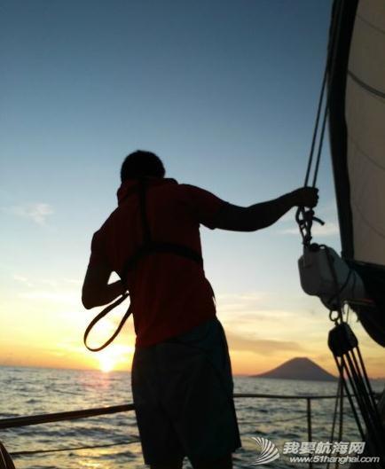 翟峰&宏岩在线问答:航海家庭教你如何开始帆船航海生活 360截图20150305164517982.jpg