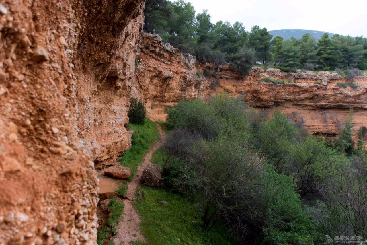 希腊,牧羊犬,宠物狗,牧羊人,石灰岩 参观希腊著名的迪迪玛教堂岩洞遭遇牧羊犬 IMG_5045.JPG