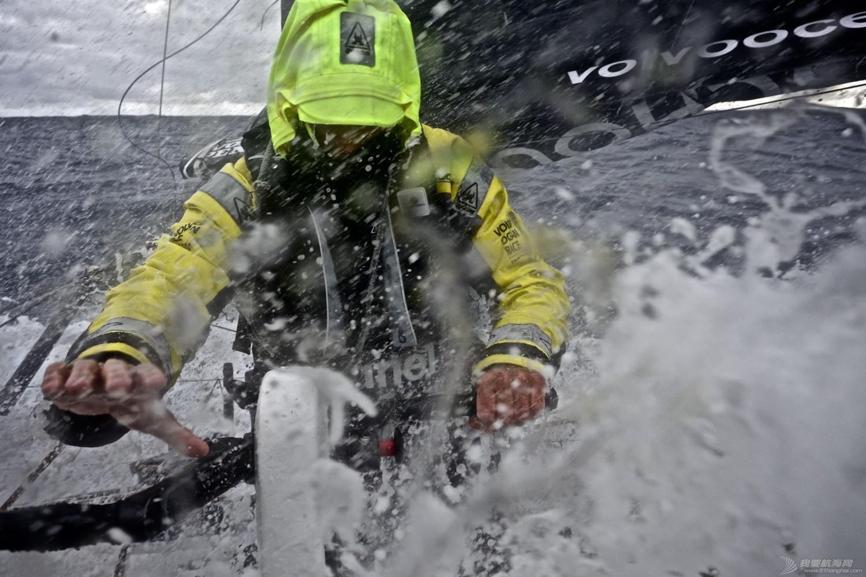 沃尔沃,二氧化碳,网络组建,奥克斯,散热器 南大洋上施放浮标 促进人与自然和谐发展
