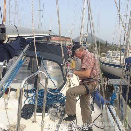 帆船 帆船下水前的准备工作之爬桅杆安装缆绳 e495766cjw1eqko9xcmerj218g18g1fb.jpg