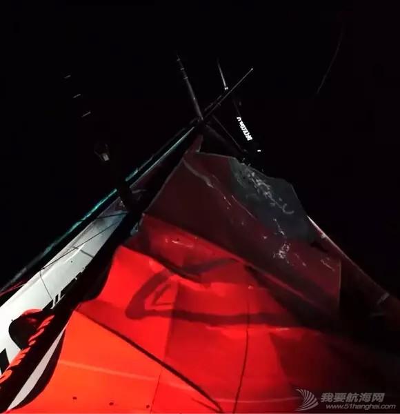 北京时间,乌斯怀亚,阿根廷,重大事故,事故发生 东风队在合恩角以西240海里以西遭遇桅杆断裂,无船员受伤