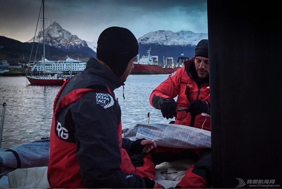 合恩角,天气,配件,装备 船长夏尔:退出本赛段是个艰难的决定