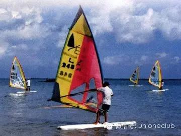 我国主要帆板类型介绍 0f57b6c8c339b5f9ab99cedfad76bf53.jpg