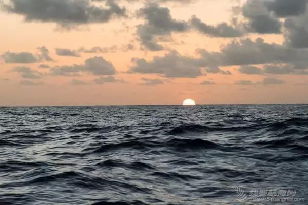 北京时间,沃尔沃,天气,中国,帆船 弱风区船队排名交替 东风队速度优势引人注目