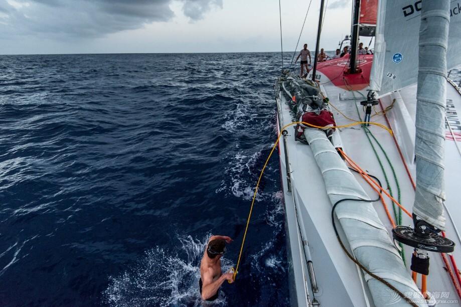 """百慕大三角,阿布扎比,大西洋,托马斯,航海家 冲破""""洋中之海""""——美景与危险并存的探秘航行"""