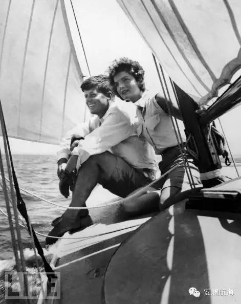 想不到他们也玩帆船 fb50edadc4c24aab9b90b91ff872296d.jpg