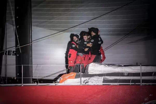 北京时间,西班牙,阿布扎比,沃尔沃,合恩角 东风队夺冠第六赛段 绝地再战成绩傲人