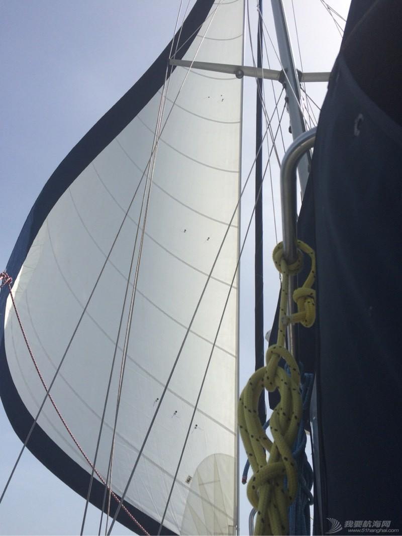 帆航通过希腊最危险海域之一Doro Channel 050301dhutucch1ubtu3cu.jpg