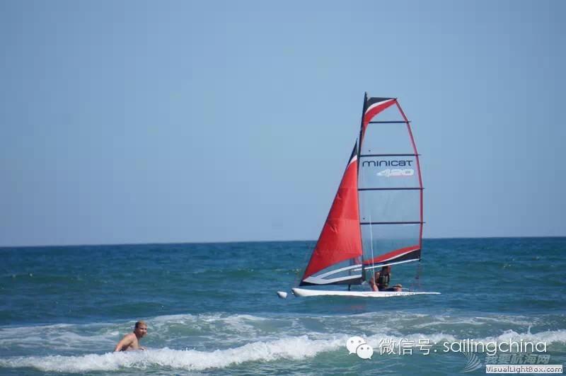 MINICAT充气式双体帆船--助你实现航海梦想