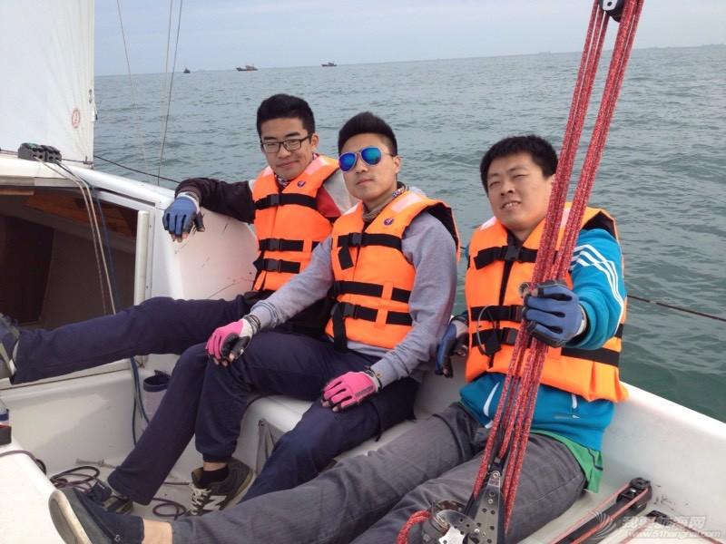 今天下午青岛的海上 234850nfdi2adqzf7udqql.jpg