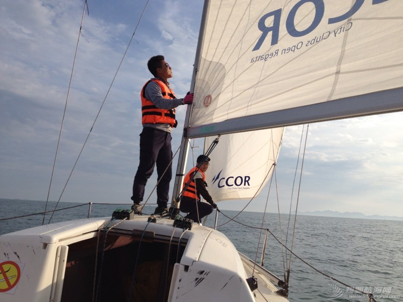 今天下午青岛的海上 234850py5ocr1rrci8e5oc.jpg