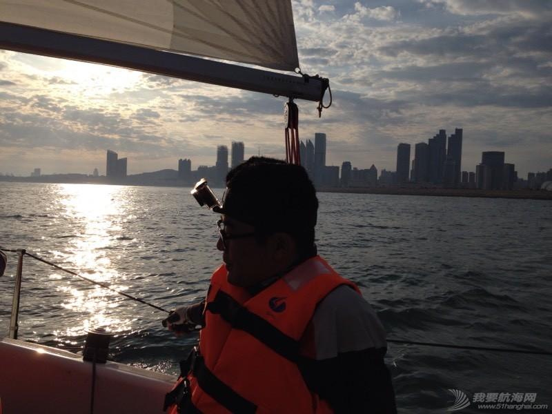 今天下午青岛的海上 234852tebb66wn7bbqeqwq.jpg