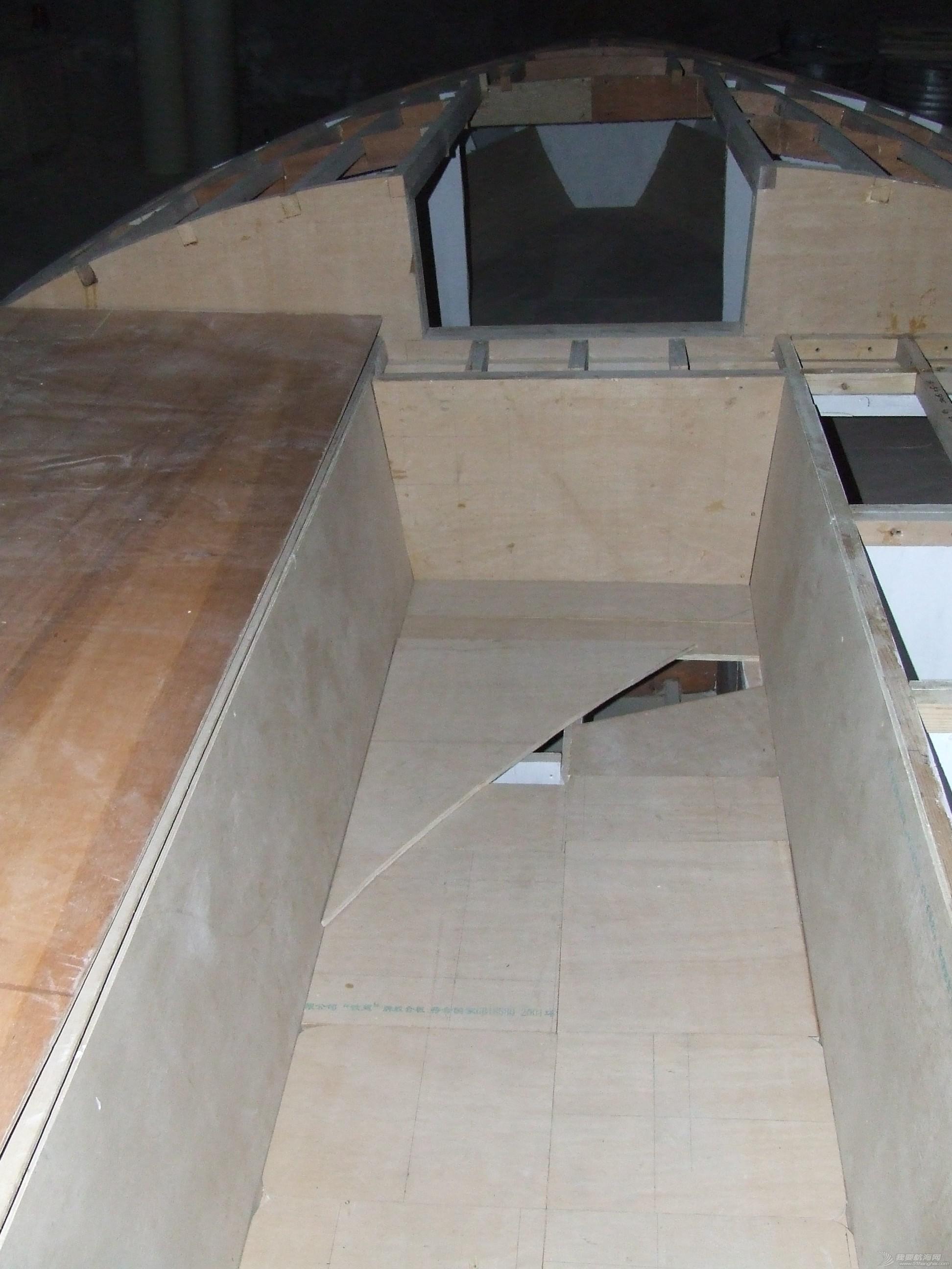 GR-750舱面面板铺装完毕 DSCF5866.JPG