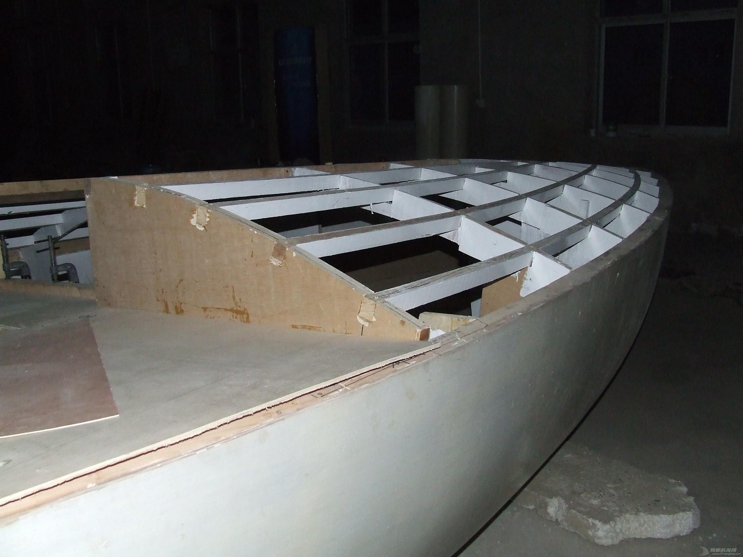 GR-750舱面面板铺装完毕 DSCF5907.JPG